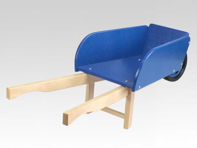 kinderschubkarre blau natur aus holz von larix toys. Black Bedroom Furniture Sets. Home Design Ideas